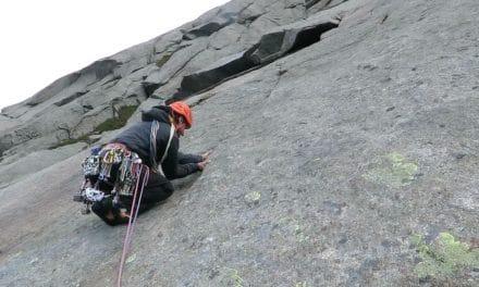 Escalade dans les Lofoten en Norvège