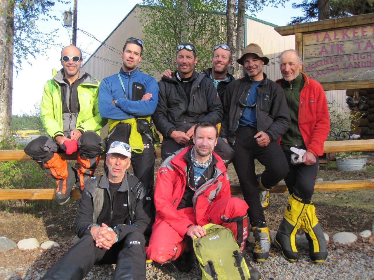 Helyum_Xavier-Carrard_Guide-de-montagne_Expedition_Alaska_Denali_Equipe-au-sommet