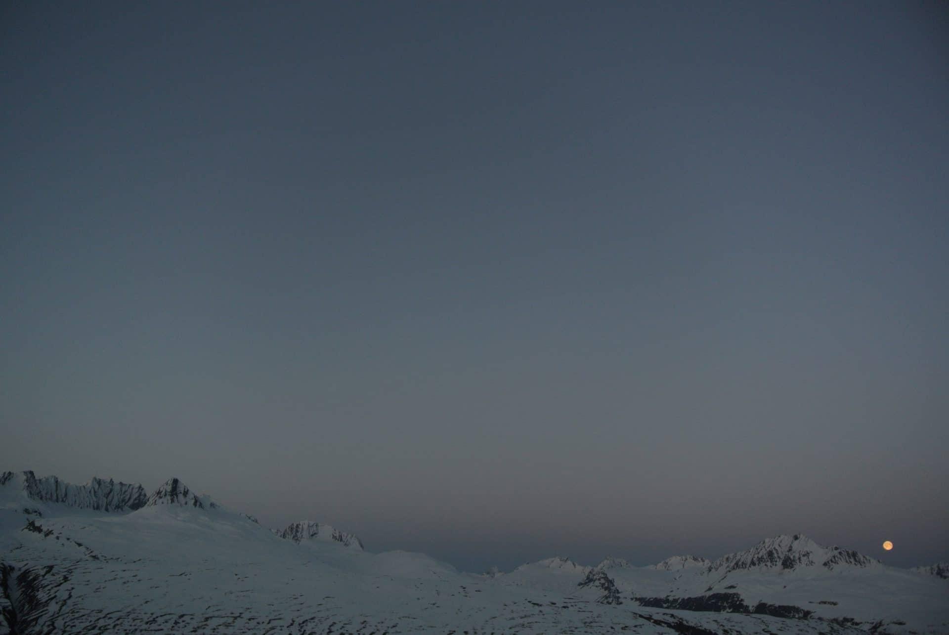Helyum_Xavier-Carrard_Guide-de-montagne_Ski_Alaska_Ambiance_Lune