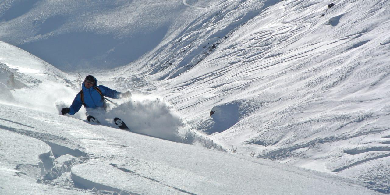 Kirghistan: ski de randonnée dans la vallée d'Ak-Suu