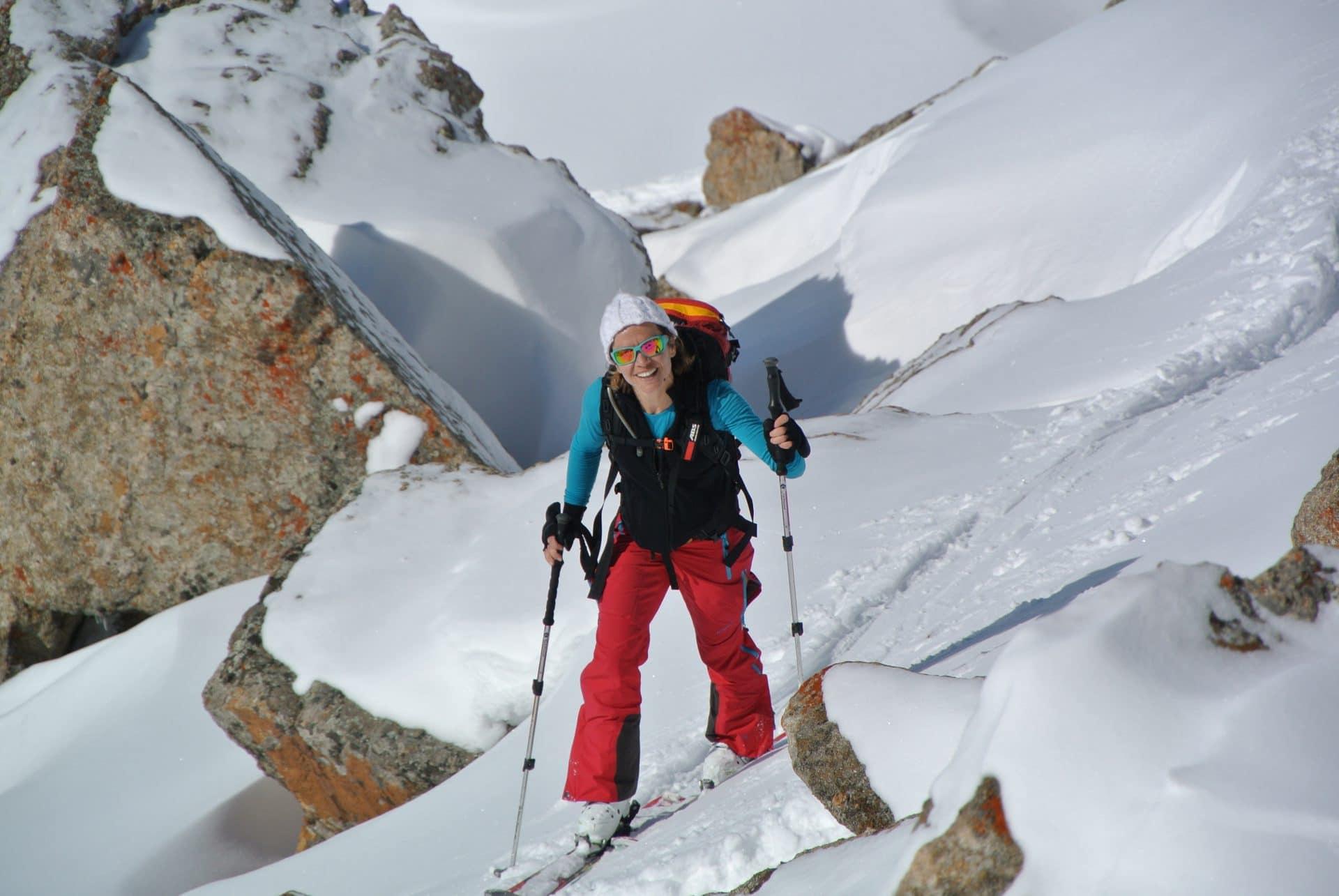 Helyum_Xavier-Carrard_Guide-de-montagne_Ski_Voyage_Kirghistan_Asie-Centrale_Face-sud_Julie_Radys
