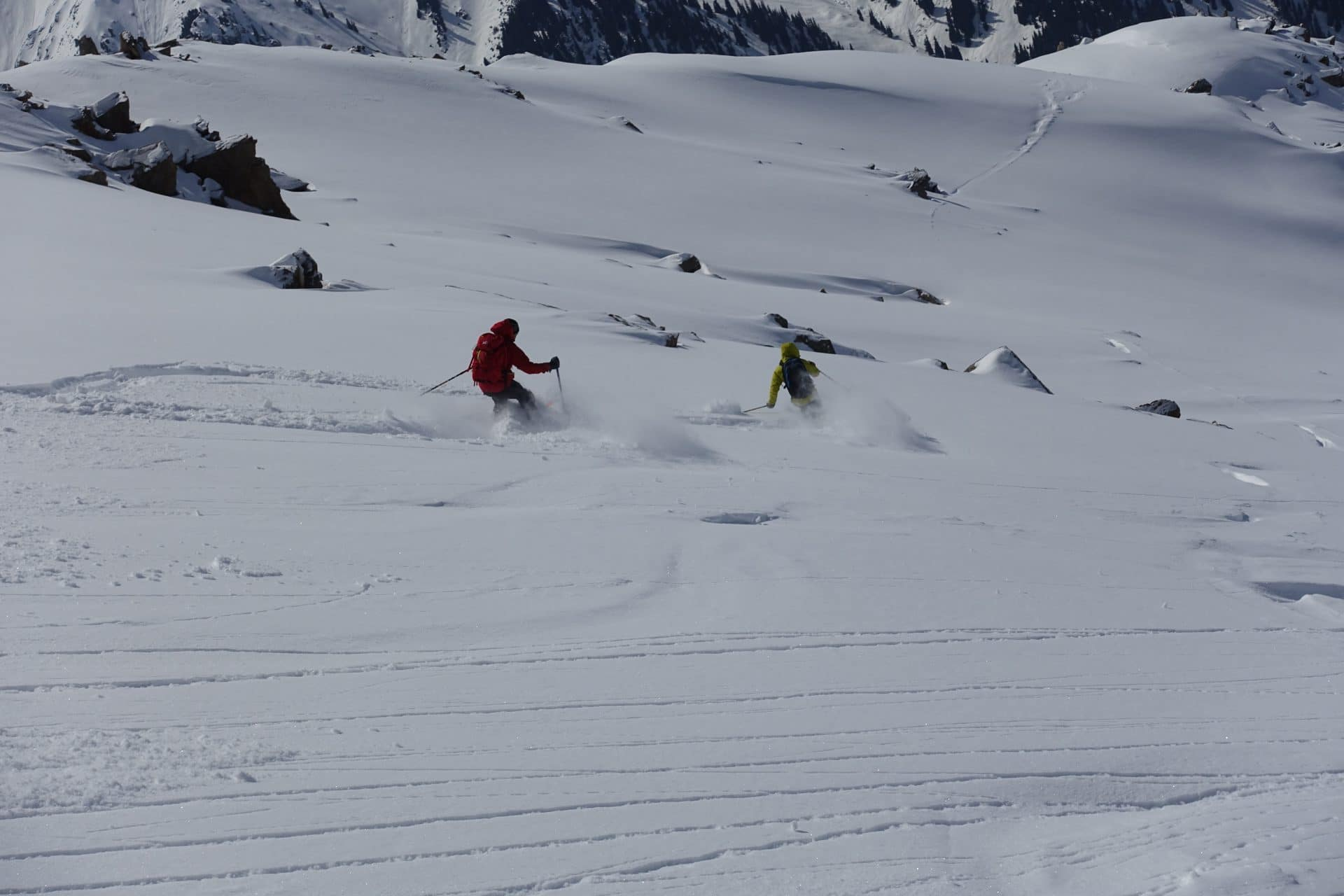 Helyum_Xavier-Carrard_Guide-de-montagne_Ski_Voyage_Kirghistan_Asie-Centrale_Xavier-Marco