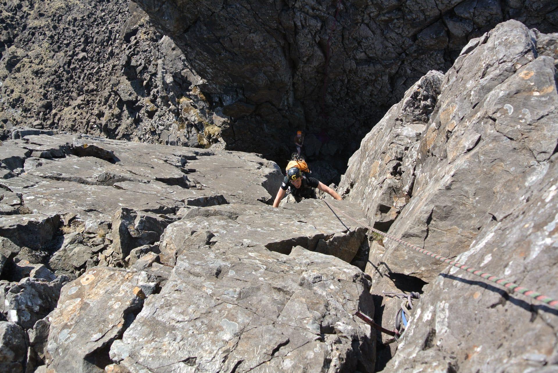 Helyum_Xavier-Carrard_Guide-de-montagne_Skye-Ridge_Ecosse_Alpinisme_Longueur-Cle