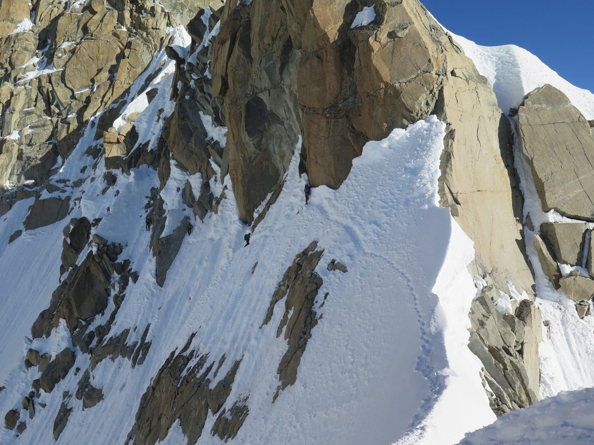 Helyum_Xavier-Carrard_guide-de-montagne_Alpinisme_arete-Kufner_Mont-Maudit_France_4