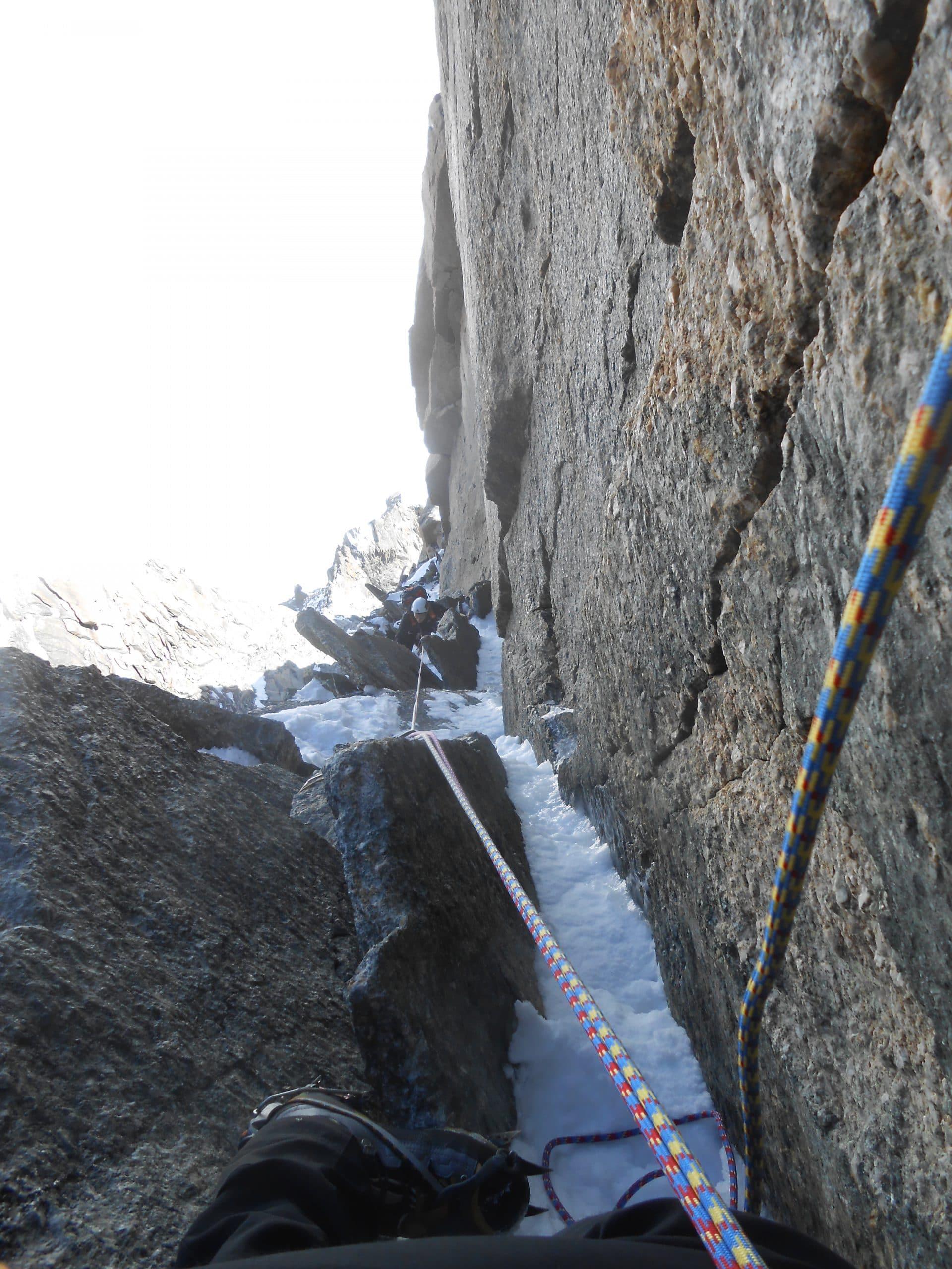 Helyum_Xavier-Carrard_guide-de-montagne_Pilier-Gervasutti_Mont-Blanc_du_tacul_France.3
