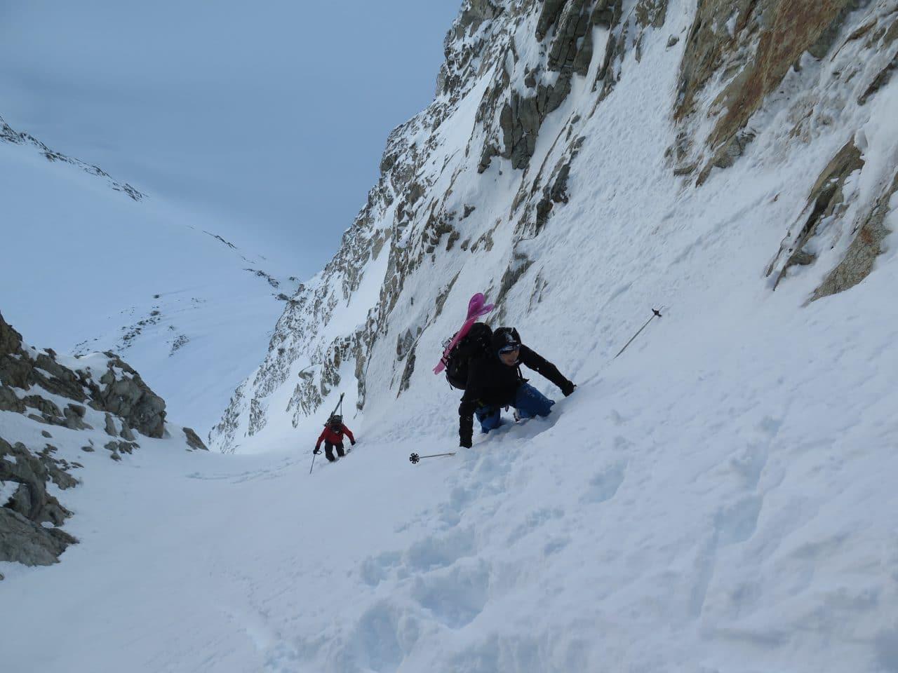 Couloir-Est-des Bouquetins_Ski-pente-raide_Helyum_Xavier-Carrard_Valais_Suisse_1