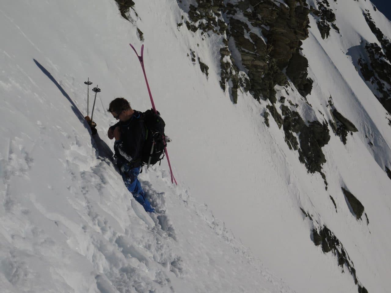 Couloir-Est-des Bouquetins_Ski-pente-raide_Helyum_Xavier-Carrard_Valais_Suisse_4