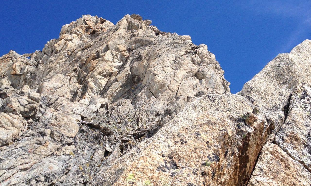 """<span style=""""font-size:1.5em;""""><span class=""""caps"""">ALPINISME</span> </span><br> Initiation alpinisme <br> /// juillet 2018 /// <br><span style=""""color: #b0cc00;""""> Places disponibles </span>"""