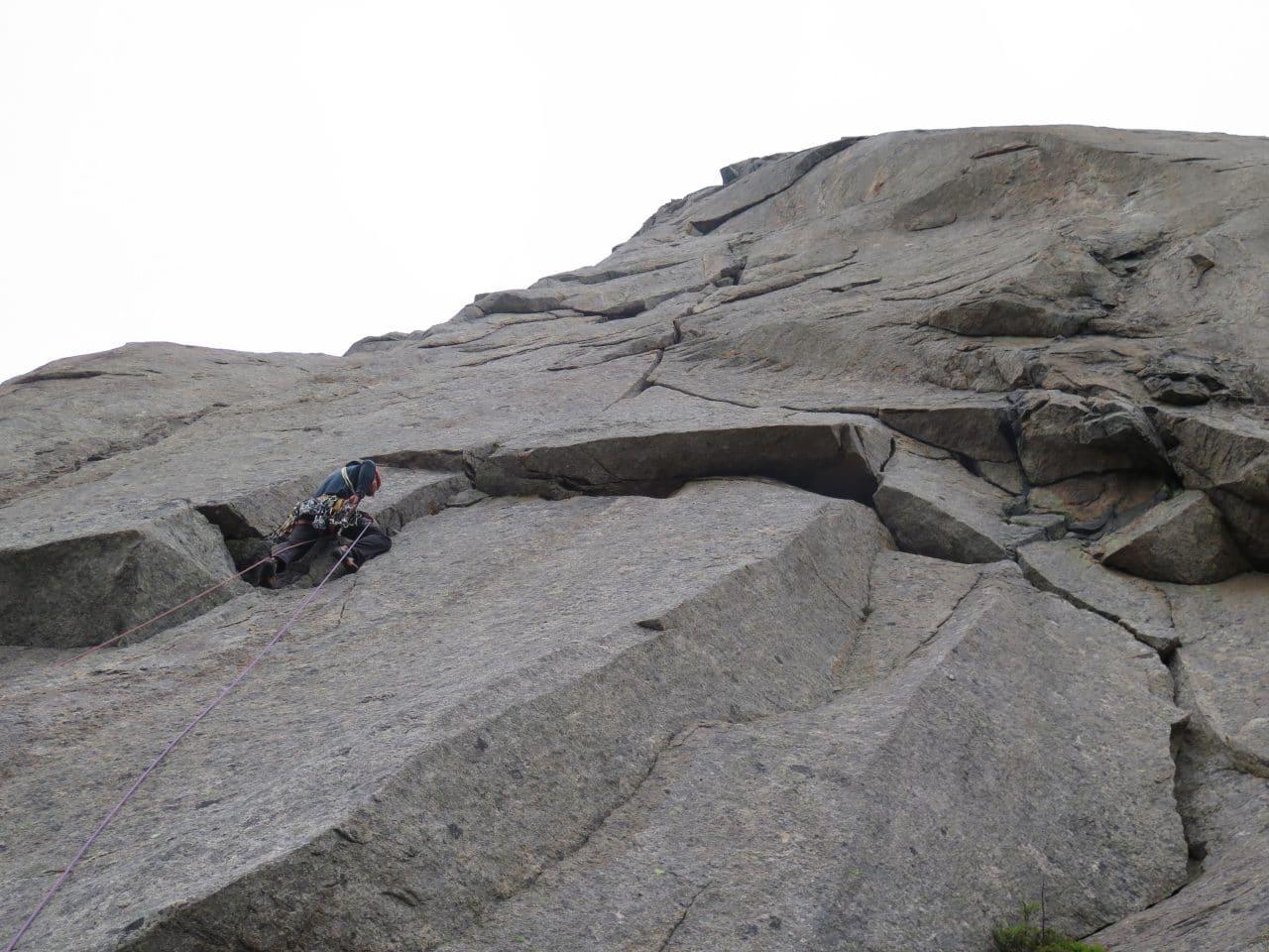 lofoten-norvege-escalade-voyage-helyum-yann-nussbaumer-7