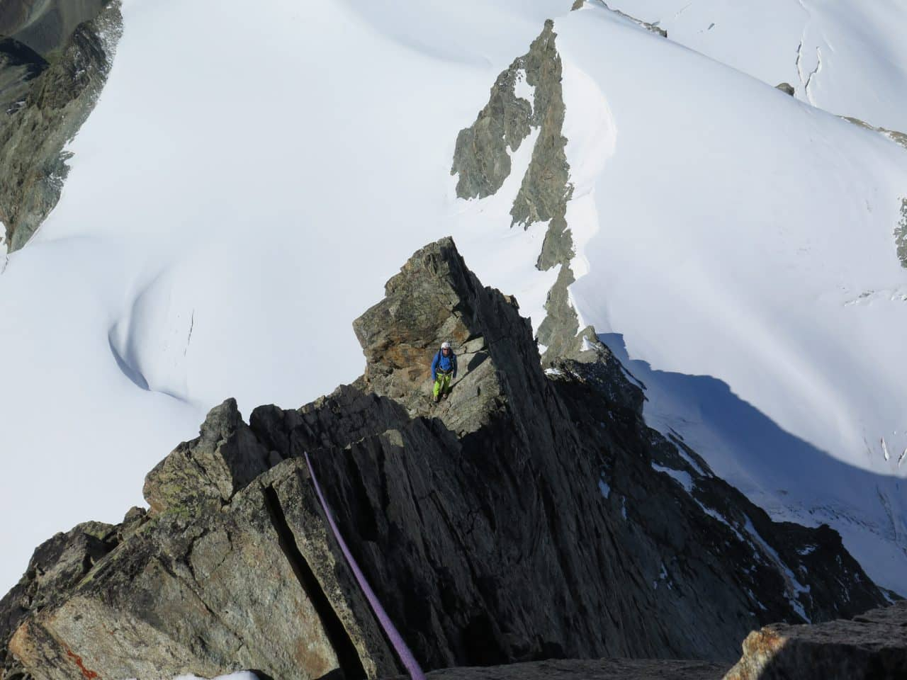Arete-sud-ouest-eveque-arolla-valais-xavier-carrard-helyum-guide-de-montagne