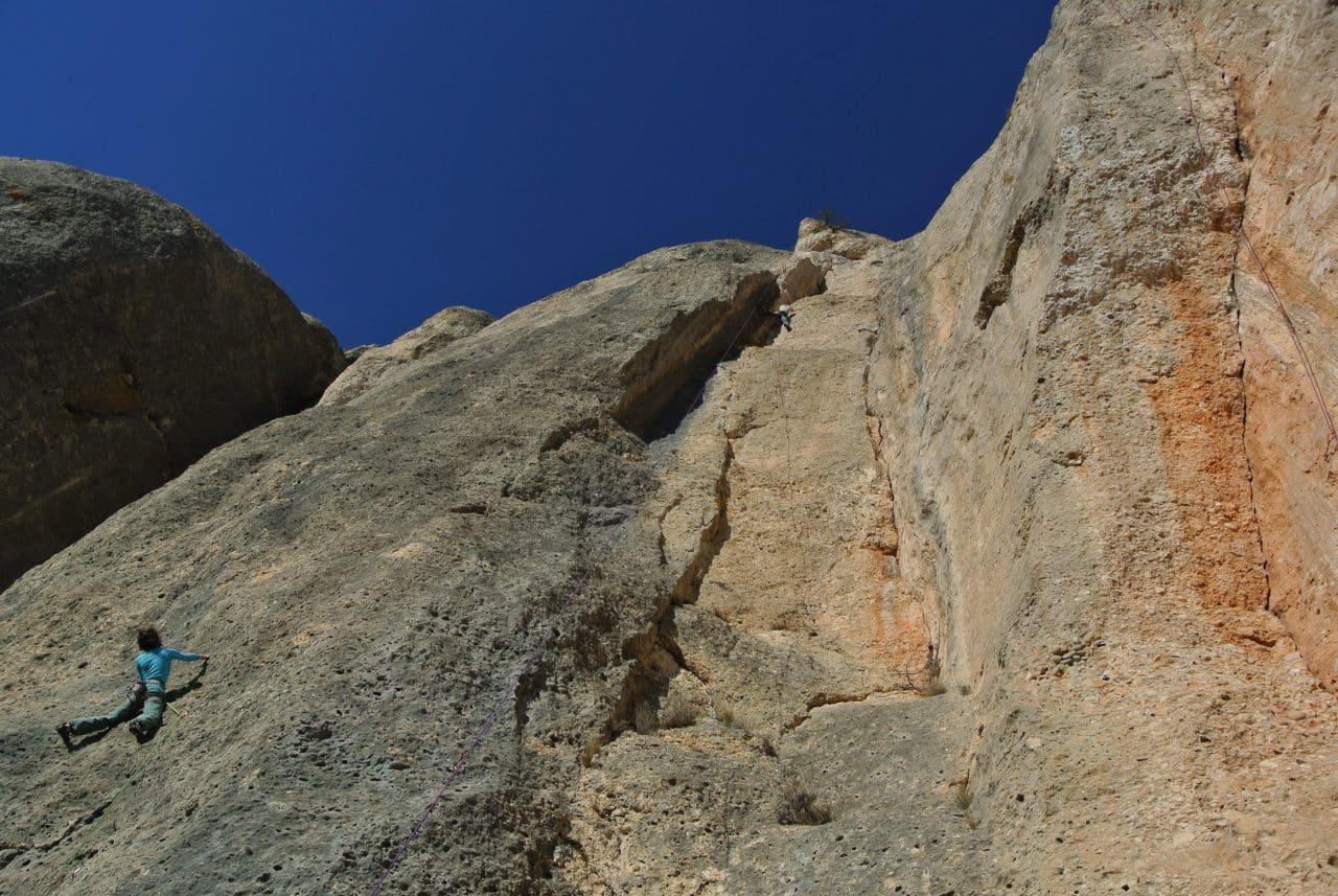 maria-gal-roc-trip-espagne-montsan-helyum-guides-de-montagne