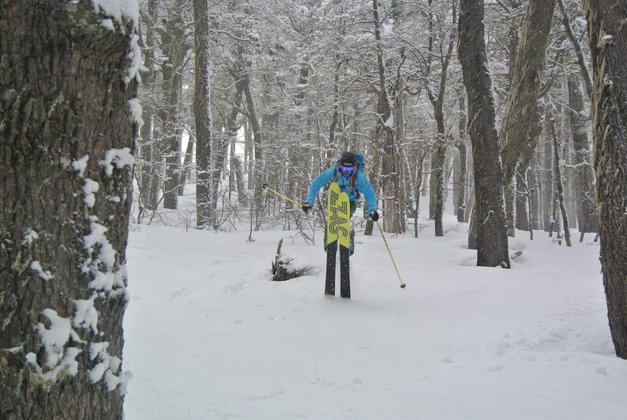 Ski en foret à Chapelco, San Martin de los Andes, en Patagonie Argentine