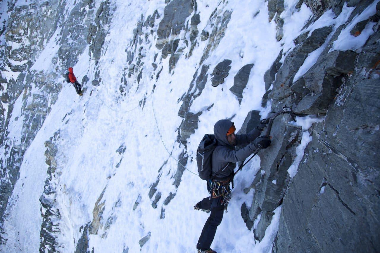 Yann Nussbaumer et Alexandre Gal dans la face nord du Cervin