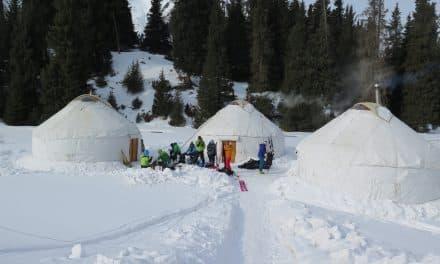 Kirghistan, Ski dans la Vallée d'Ak-Suu