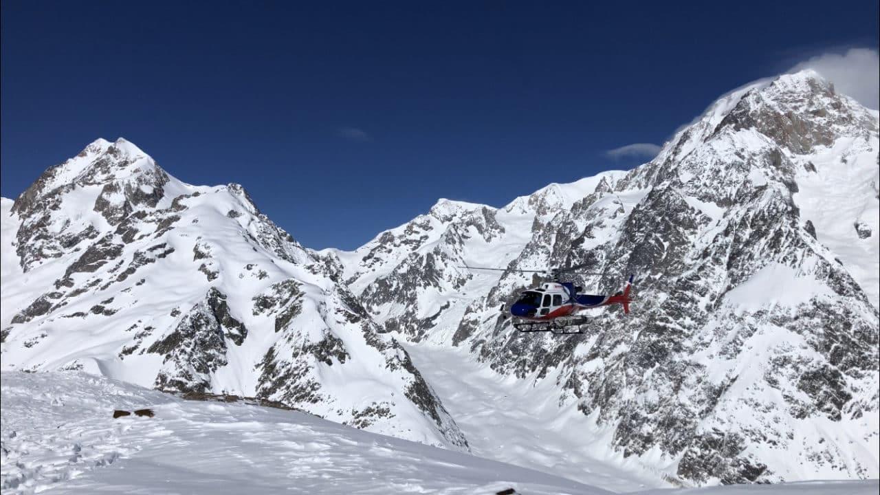 Semaine de ski freeride dans le Val d'Aoste avec Yann Nussbaumer guide de montagne Helyum