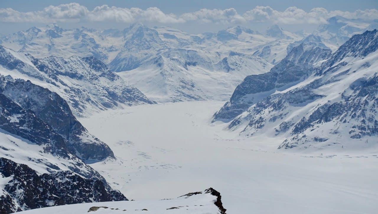 Ski sur le glacier d'Aletsch