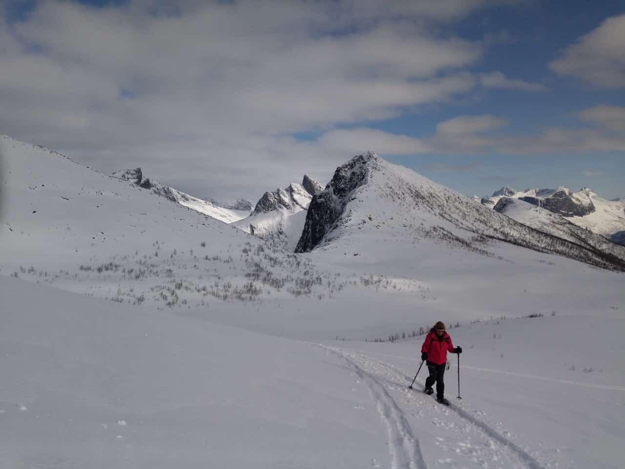 Sommardalen vers le col, magnifique journée fjord, Silvana Carrard pour Helyum.ch