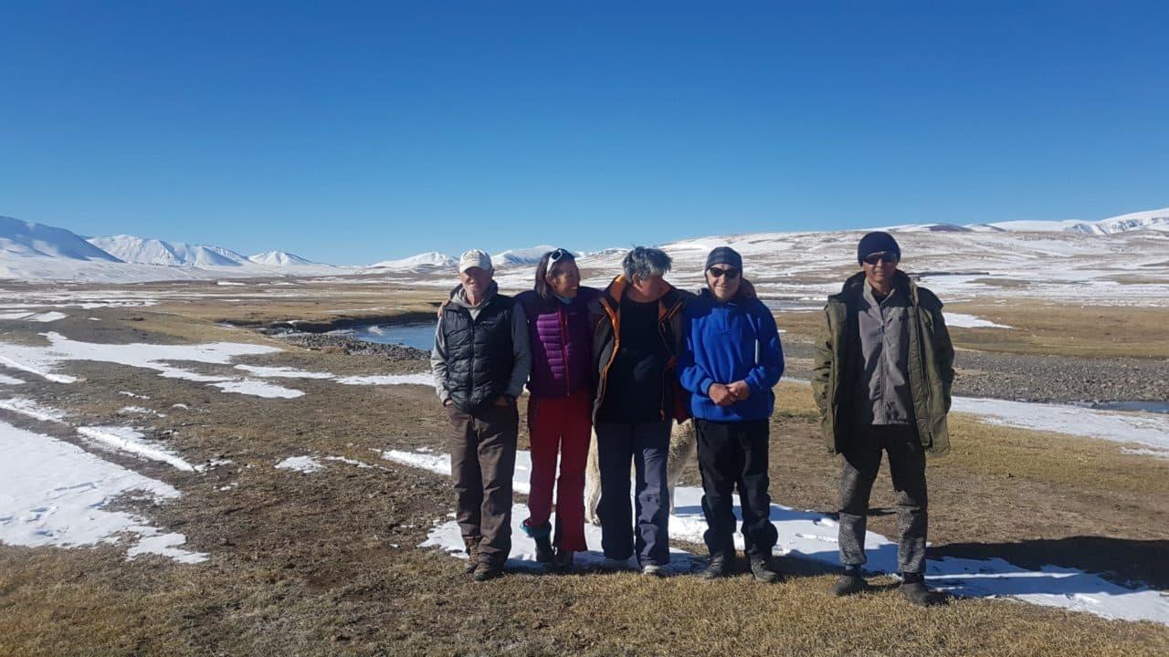 Kirghistan Xavier et Vana l'équipe