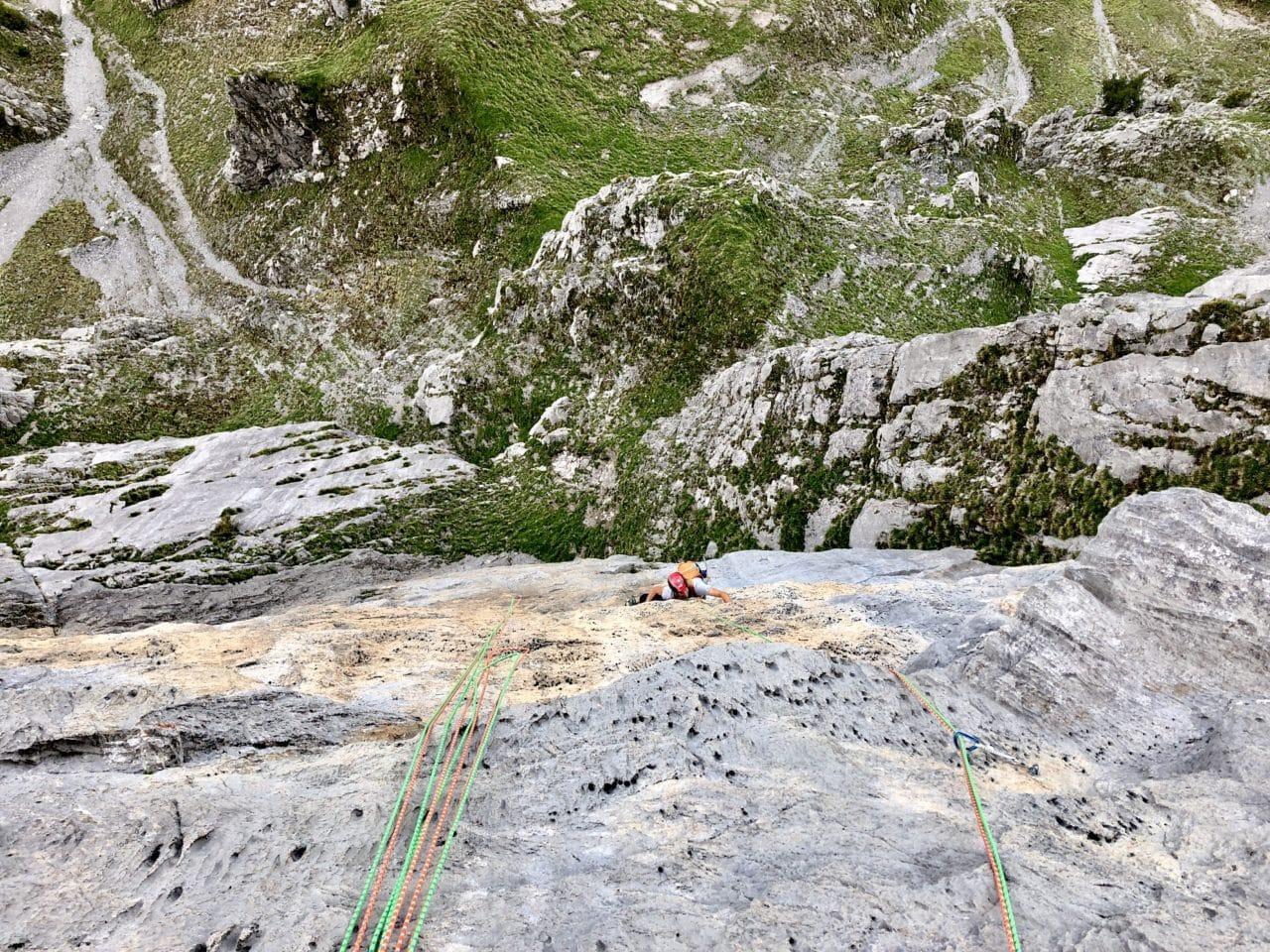 Escalade de longues voies aux Perrons, à la Rote Fluh et aux Wenden avec Alexandre Gal et Yann Nussbaumer guides chez Helyum