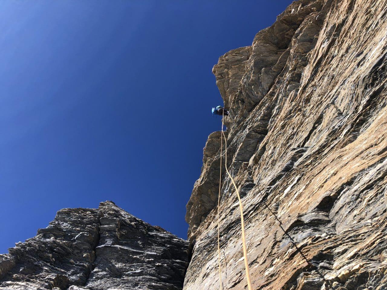 Traversée intégrale des Combins avec le guide de montagne Yann Nussbaumer d'Helyum