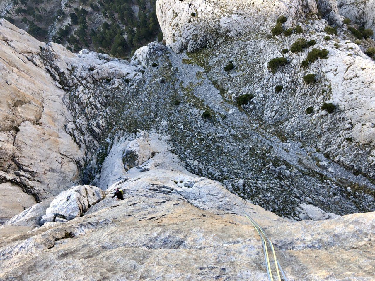 Escalade de longues voies dans le massif de Dedegöl en Turquie Yann Nussbaumer Helyum