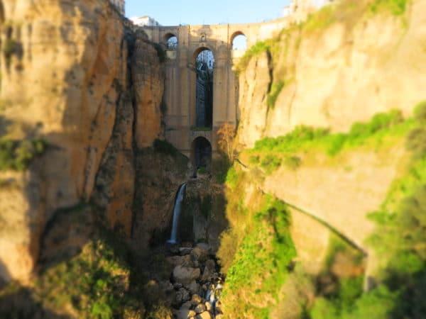 Ronda, Puente Nuevo, séjour Andalousie, Espagne avec Silvana Alimenti Carrard accompagnatrice en montagne UIMLA, chez Helyum