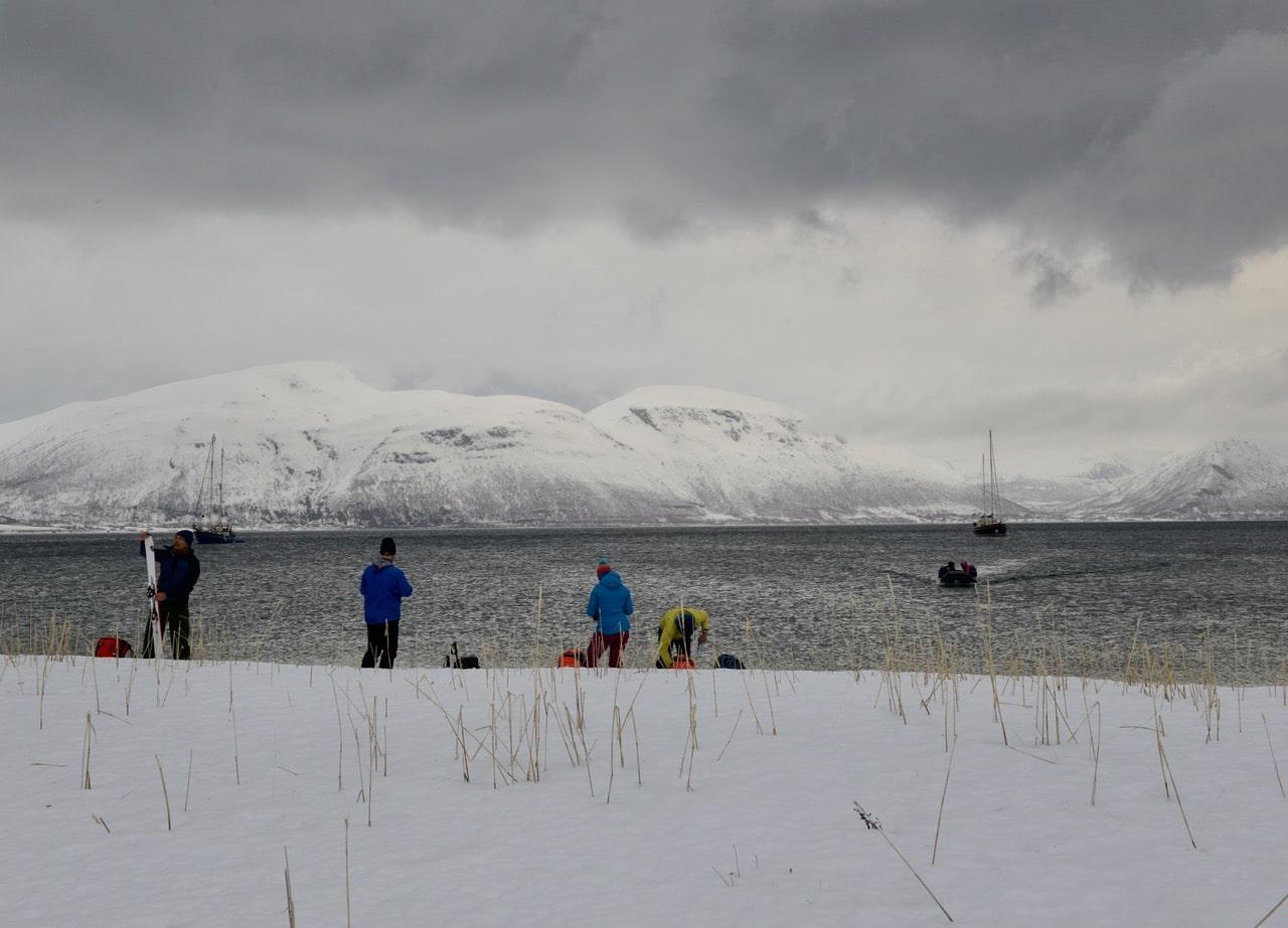 Ski Voille Norvège, débarcation. Helyum.ch
