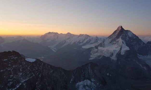 """<span style=""""font-size:1.5em;""""><span class=""""caps"""">ALPINISME</span> </span><br> Haute Route Chamonix Zermatt<br> /// août 2019 /// <br><span style=""""color: #b0cc00;""""> 4places disponibles </span>"""