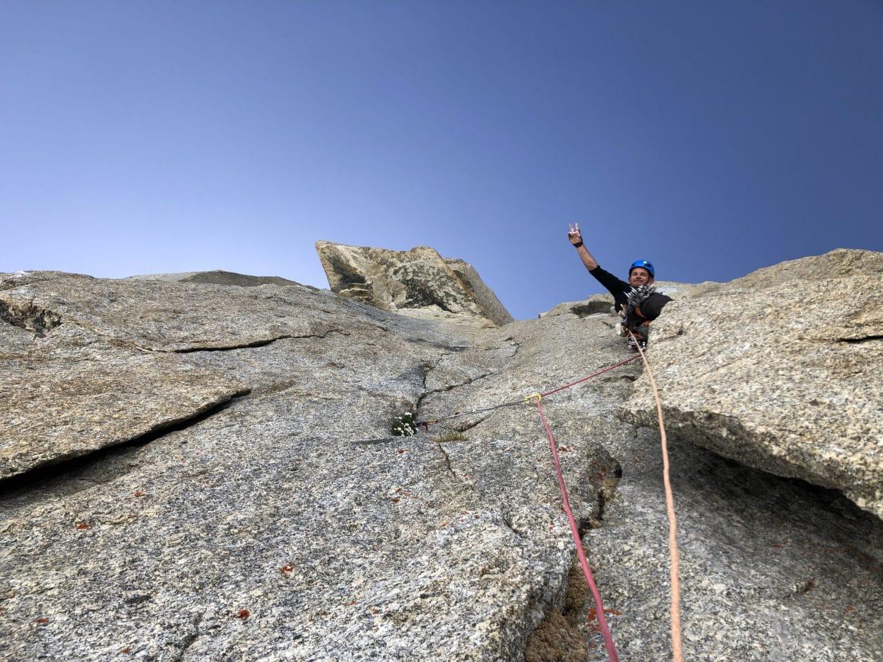 Escalade sur granit vers le Grand Capucin avec Yann Nussbaumer et Alexandre Gal, guides chez Helyum