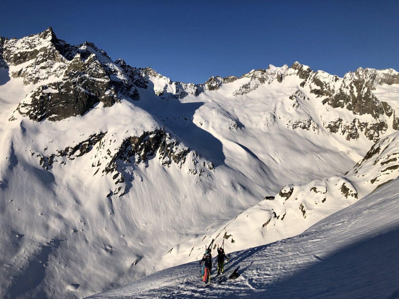 Haute route entre le Jungfraujoch et le Grimsel avec Yann Nussbaumer guide de montagne chez Helyum