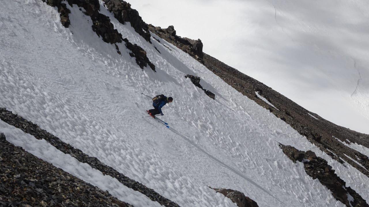Ski de printemps au Kirghistan. Helyum.ch