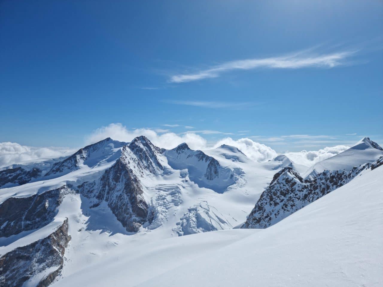 massif du mont rose helyum.ch