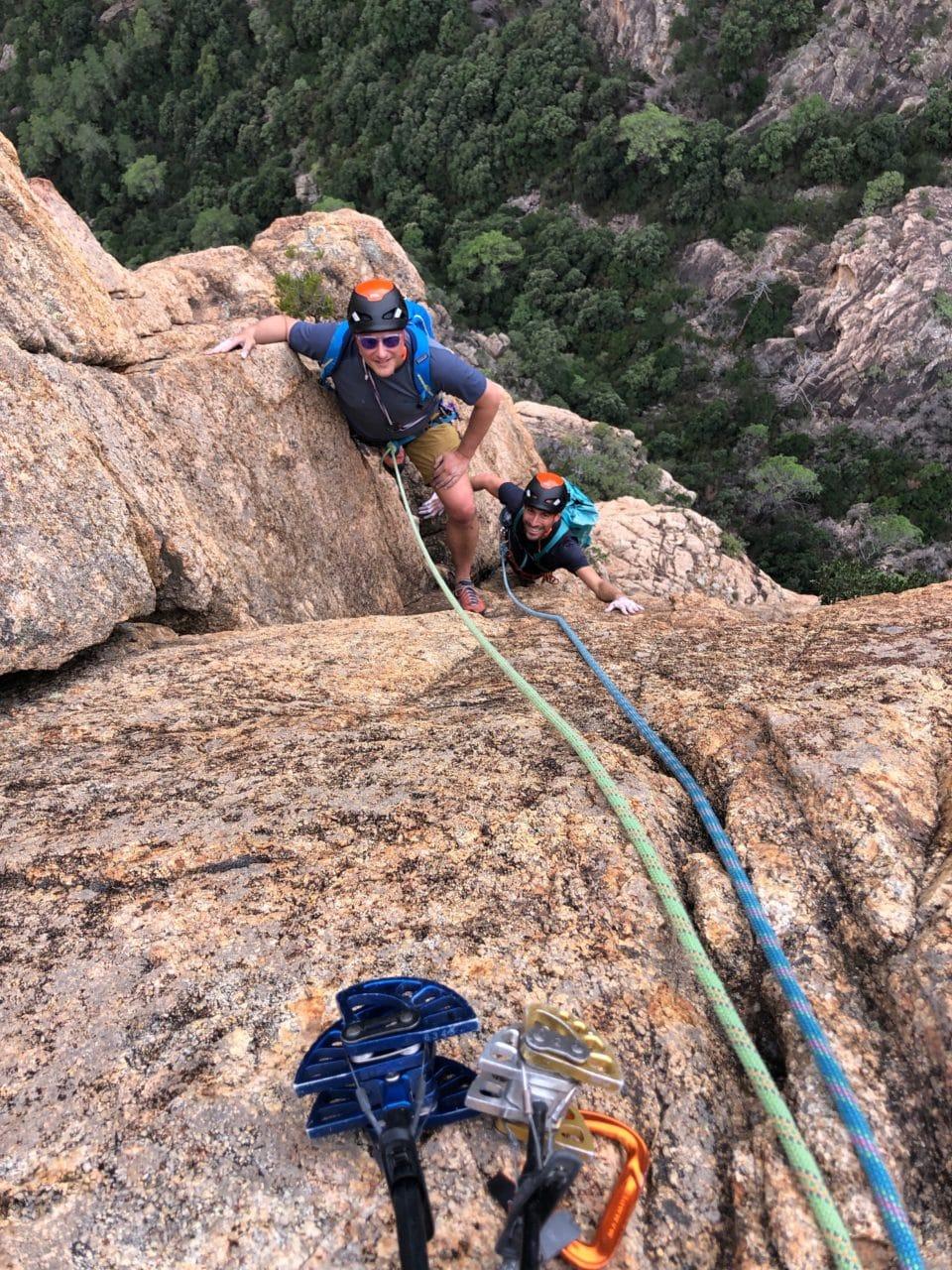 Escalade Corse avec Jérôme Gottofrey guide de montagne chez Helyum